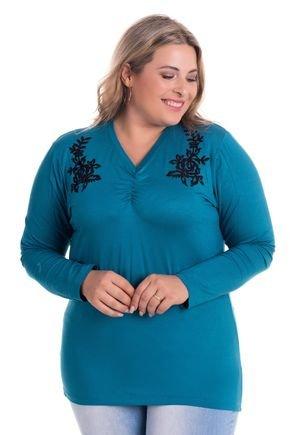 2529 1 blusa feminina em visco com aplique plus size